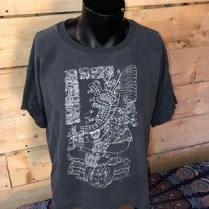 Vintage Belize single stitch T-shirt. Size L